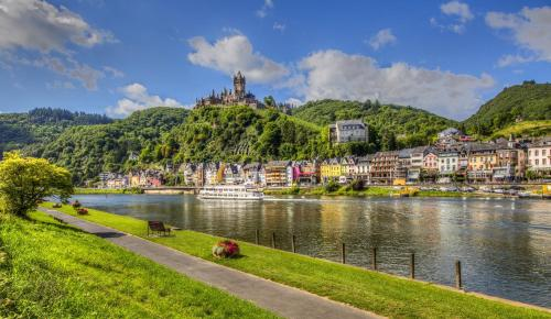 the 10 best apartments in cochem, germany | booking