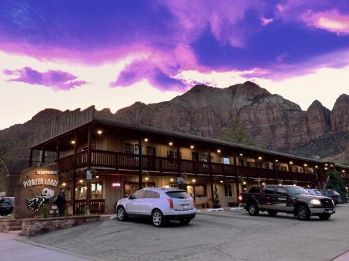 Pioneer Lodge Zion National Park-Springdale