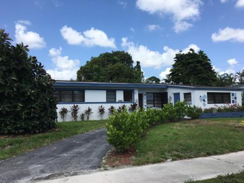 North Miami Six-Bedroom House