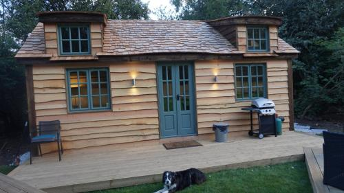 The Secret Cottage - Westerham