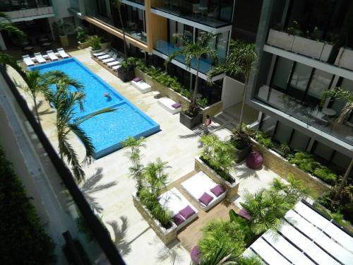 Condo Hotel The City Menesse