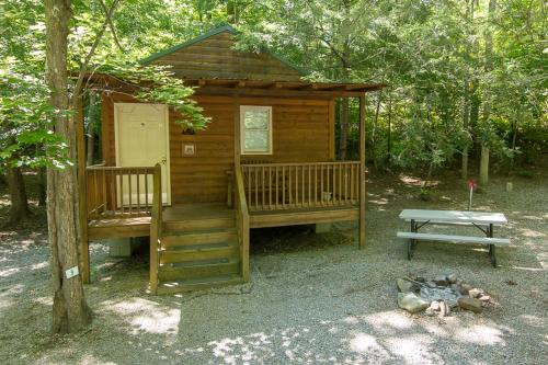 Arrow Creek Camp and Cabins