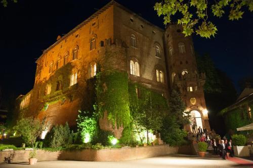 Copripiumino The Walking Dead.Hotel Del Castello Di Oviglio Italy Booking Com