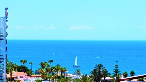 Playa de Las Americas Sea Views