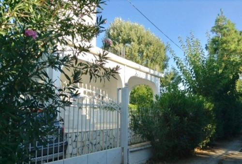 House of 100 m2-50 m from the Beach