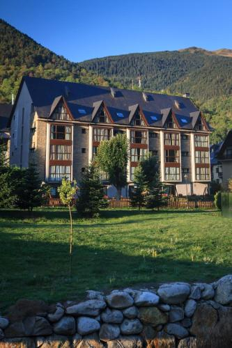 Description for a11y. Aparthotel La Vall Blanca