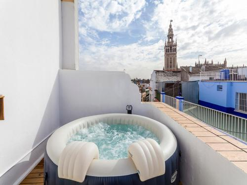 The 10 Best Hotels with Jacuzzi in Seville, Spain | Booking.com