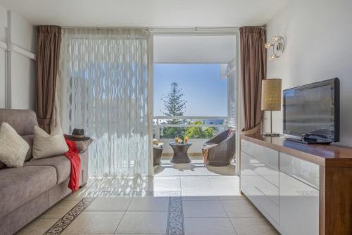 Luxury Apartment Front Sea