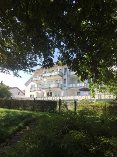 Ferienwohnung Seestern, Villa Vilmblick