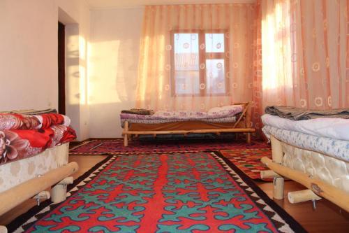 Guest House Guljan