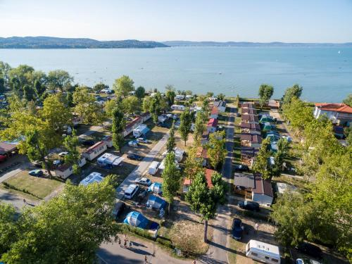 Mirabella Camping