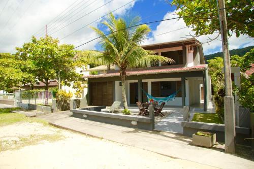 Casa Beira Mar em Zimbros