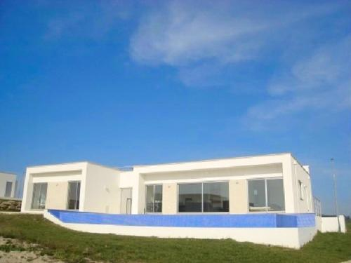 Villa in Foz do Arelho Silver Coast Portugal