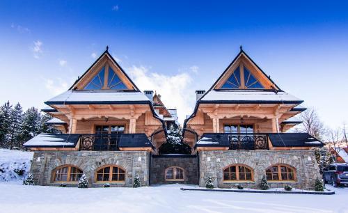 Domy Highlander House