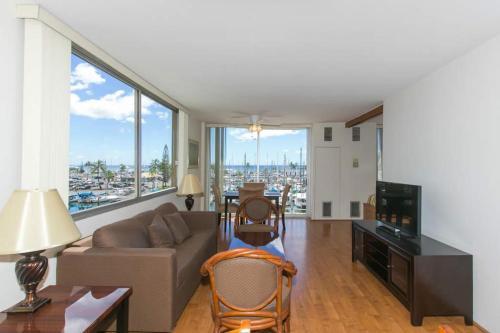 Ilikai Marina 480 Yacht Harbor View 1BR
