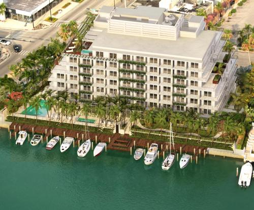 3 Star Hotels In Miami Beach Usa Grand Bay Harbor