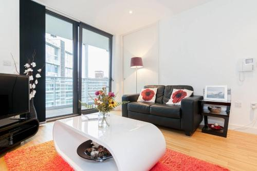 fantastic 2 room flat floor plan. Fantastic flat in Manchester City Centre The 10 Best Apartments  UK Booking com
