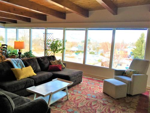 Crazy Quail Vacation Rental House