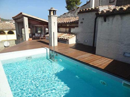 Booking.com: Hoteles en Sant Martí de Tous. ¡Reserva tu ...