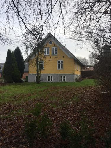 Allesø Gl. sognefoged gård