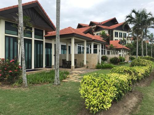 Sunset Seaview Beach Villas @ Nexus Karambunai