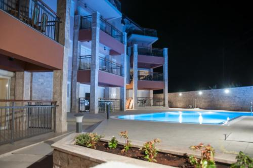 Hvar-Holiday Apartments