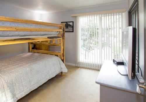 Mammoth Estates 109 - Two Bedroom Condo