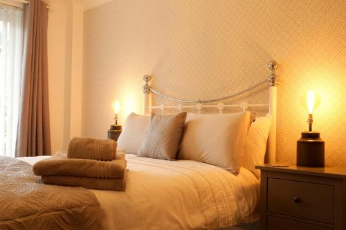 Newly refurbished 1 bed 2nd floor apartment with wifi