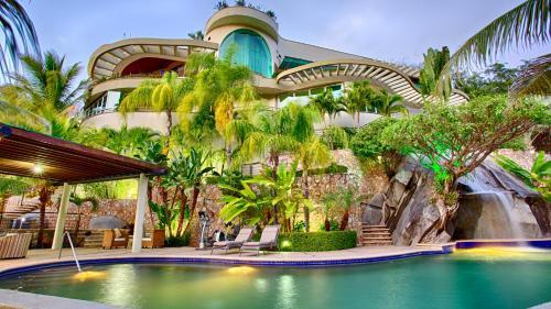 Hotels In Puerto Vallarta Description For A11y