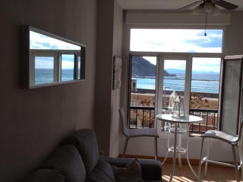 Apartamento Playa zurriola vistas al mar