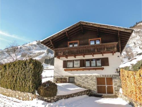 Five-Bedroom Holiday Home in Rauris