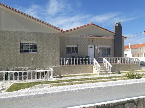 Nazaré Villa North Wave
