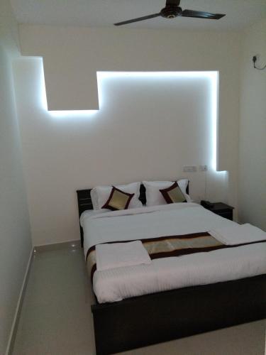 7hills Service Apartment