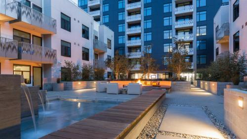 Global Luxury Suites in Mission Bay
