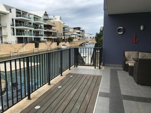 Marina Canals Apartment