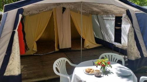 Description for a11y. Camping Sabanell Tents. Blanes ...