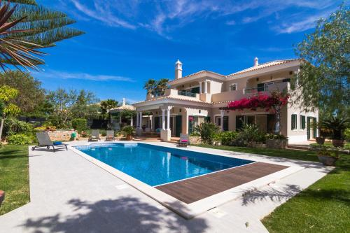 Luxury Vila With Private Swimming Pool
