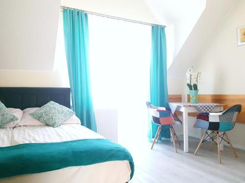 Solar Bed & Breakfast