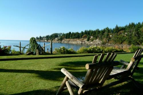Pacific Shores Resort & Spa