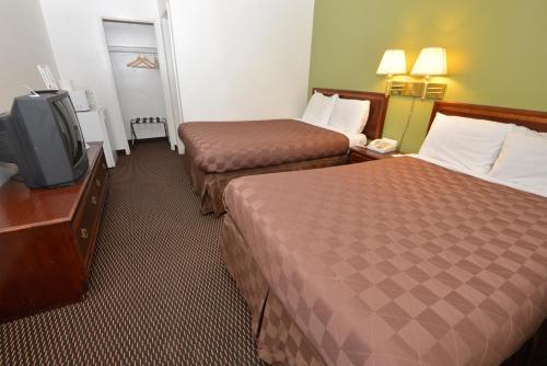 Rodeway Inn & Suites Pendleton
