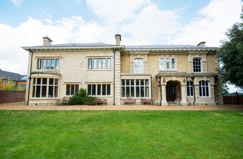 Potterspury House