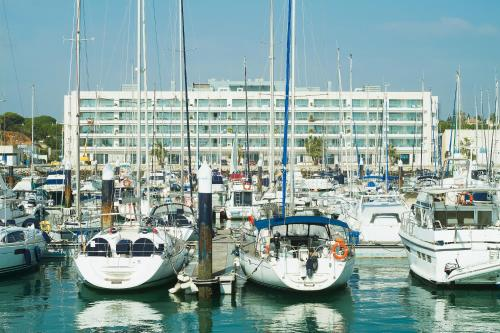 Suites Puerto Sherry