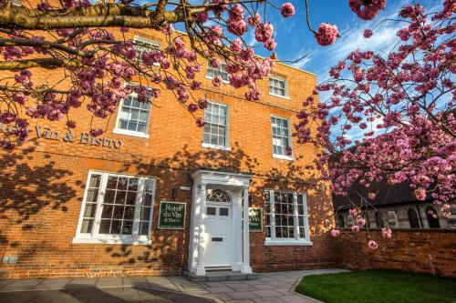 The 10 Best Warwickshire Pet Friendly Hotels Hotels That Accept