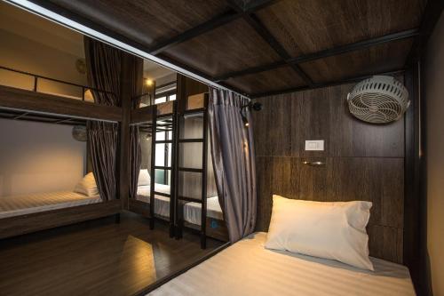 V Hostel 2