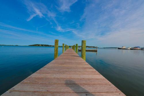 Waterfront Estate Shelter Island