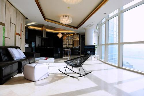 Hotel quality luxury apt