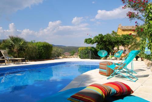 Booking.com: Hoteles en Torrelles de Foix. ¡Reserva tu hotel ...