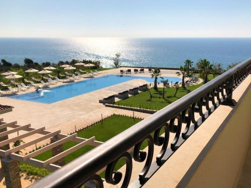 King Maron Hotel & Spa