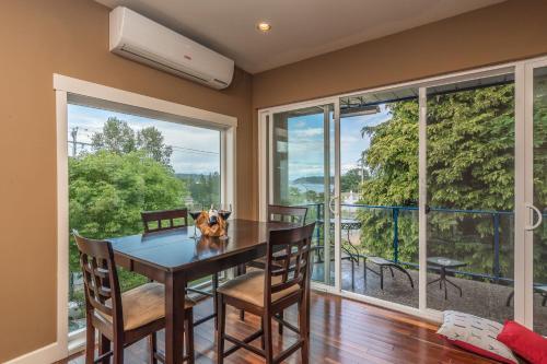 Luxury Penthouse Downtown Nanaimo