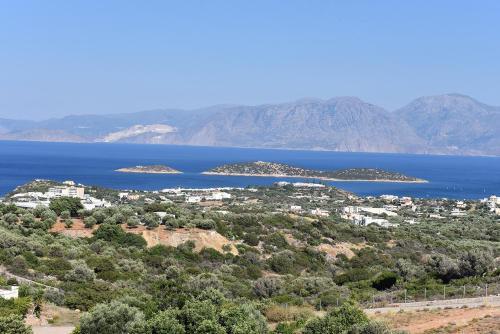 Villa Arolithos